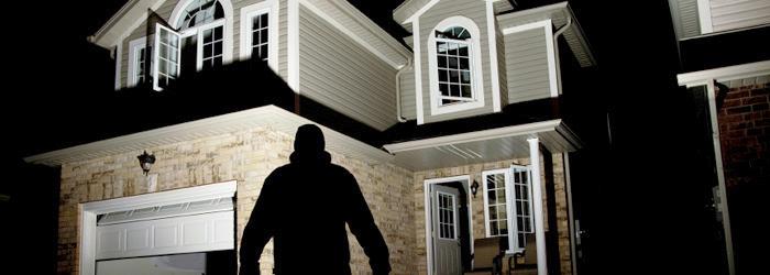burglar-watching